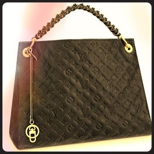 Louis Vuitton Artsy Monogram Empreinte leather Bag